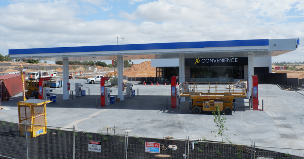 X Convenience opens at Springwood